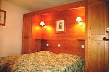 Schlafzimmer im Val 2400