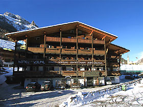 Hotel Alpe in Canazei