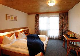 Doppelzimmer im Sportclub in Uderns, Fügen